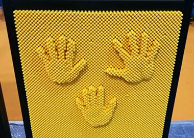 Pin Screen IV
